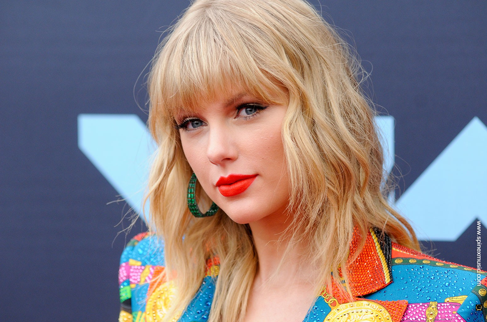 Taylor Swift's 'Evermore' Album Breaks Record For U.S. Biggest Vinyl Sales In A Week